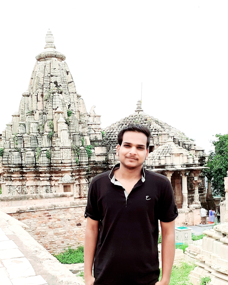 Shivam sharma	 from Jaipur  is online